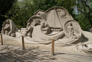 Zandsculpturen op landgoed Warmelo Diepenheim